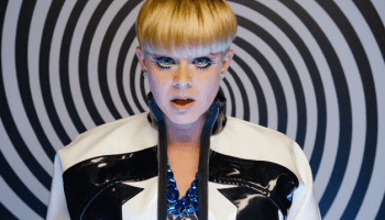 First Watch: Robyn 'Call Your Girlfriend' – alfitude