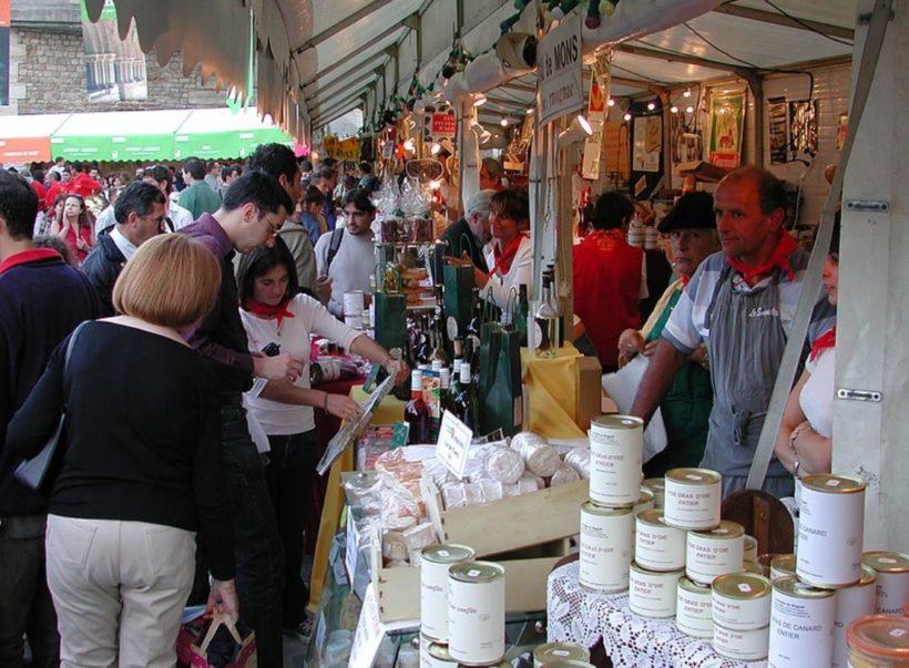 Produits du terroir du Sud Ouest et marchés flottants à Paris