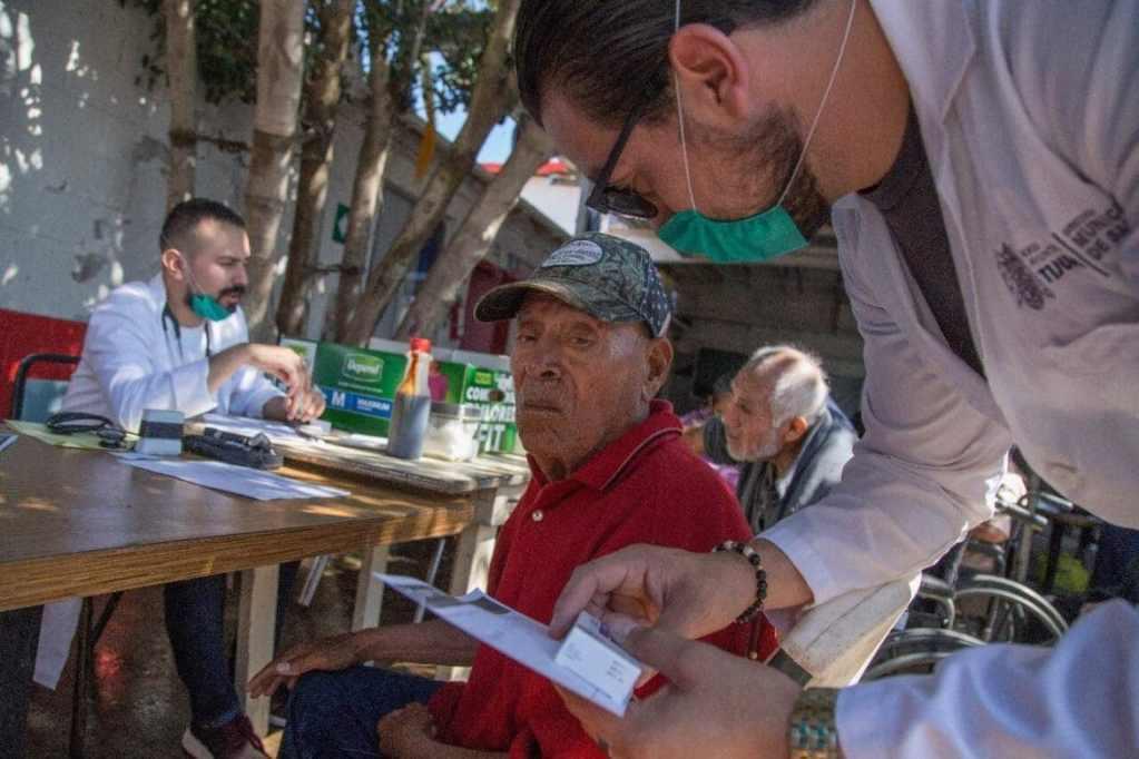Jornada médica en Asilo El Refugio