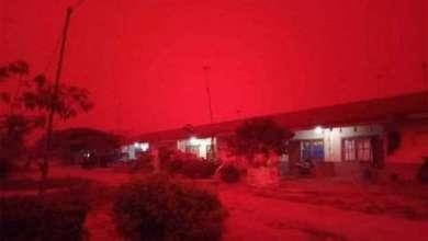 Photo of El impresionante cielo rojo que envuelve a Indonesia