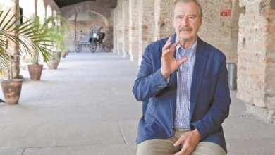 Photo of Que poca cosa se veía: Vicente Fox sobre AMLO en el balcón del Palacio