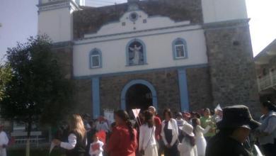 Photo of Parroquia anuncia boda entre hombre de 45 y niña de 15
