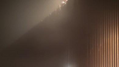 Photo of 3 migrantes quedaron atrapados a 9 metros de altura al intentar cruzar