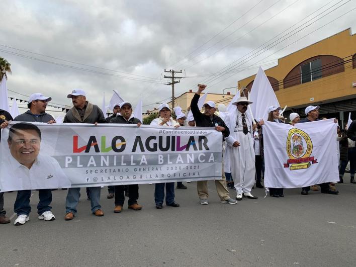 """Se registró """"Lalo"""" Aguilar para dirigir burócratas en Tijuana"""