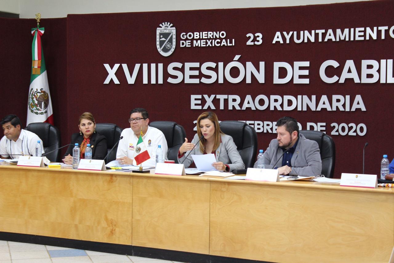 Alcaldesa de Mexicali logra rescate financiero del municipio