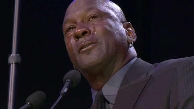 Michael Jordan llora durante su discurso en el homenaje a Kobe Bryant
