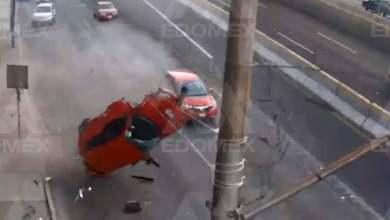 Photo of Muere conductor que salió 'volando' del auto tras chocar