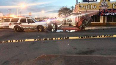 Photo of Explota su automóvil al chocar contra 'El Pollo Feliz'
