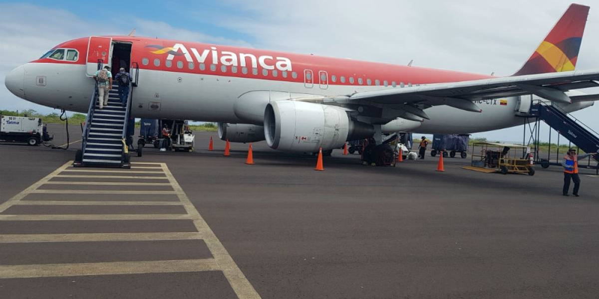 Pasajeros de Avianca son salvadoreños y no tienen Covid-19