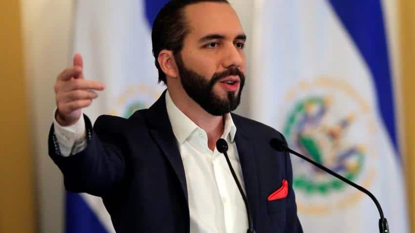 El Salvador acusa a México de enviar avión con personas con coronavirus