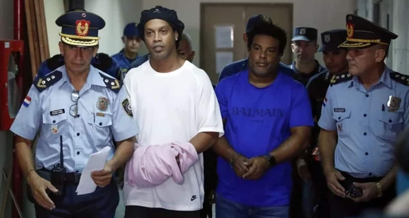 Otra vez Ronaldinho arrestado, ahora junto a su hermano