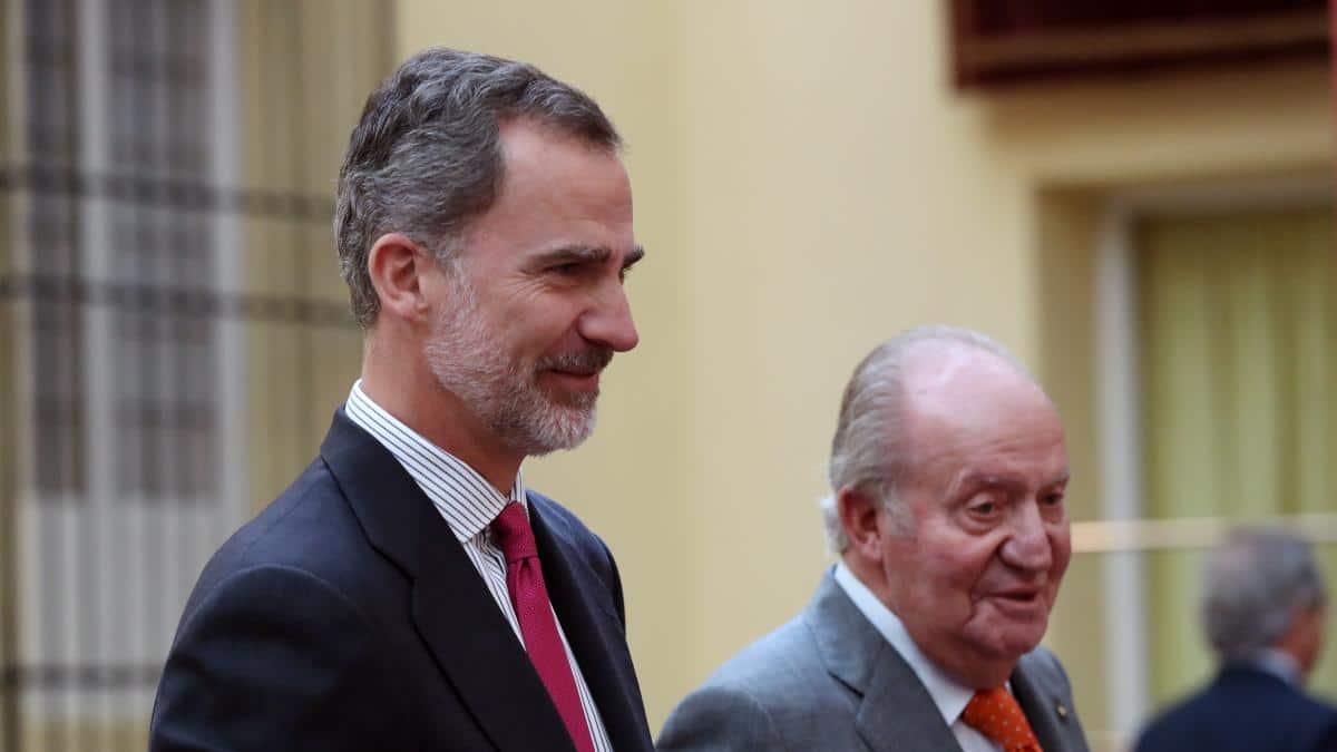 El Rey Felipe renuncia a herencia de su padre y le quita presupuesto asignado