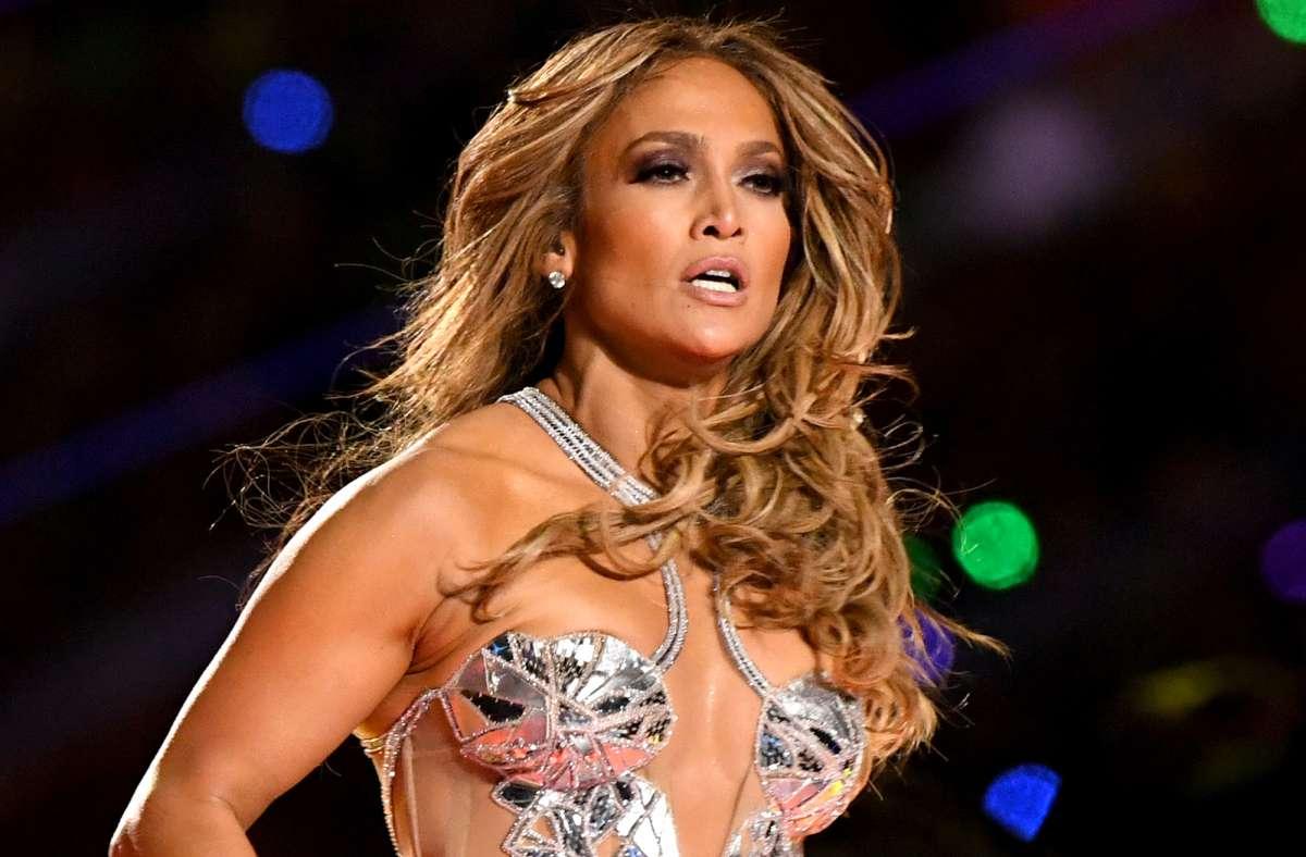 Jennifer López y sus sensuales videos en Tik Tok