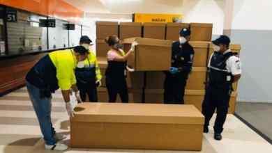 Photo of Muertos por Covid-19 en Guayaquil serán enterrados en ataúdes de cartón
