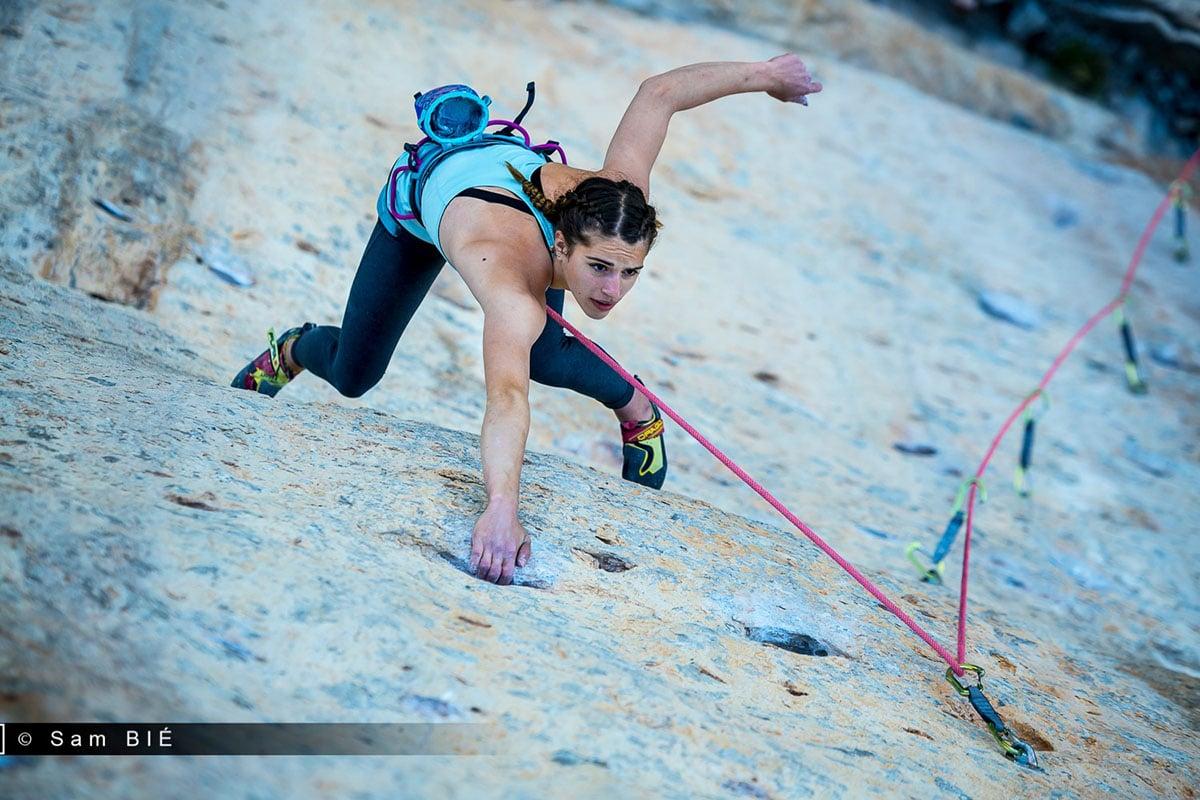 escaladora-de-16-anos-muere-tras-caer-de-un-acantilado