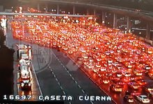 Photo of Saturan autopista México -Cuernavaca pese a contingencia