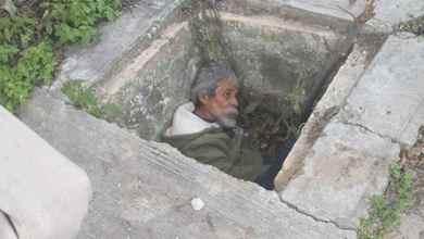 Abuelito-se-refugia-en-alcantarilla-por-el-intenso-frío
