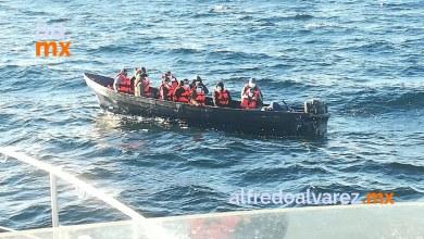 rescatan-a-13-migrantes-a-la-deriva-en-ensenada
