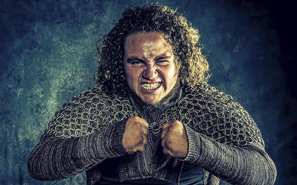 detienen-a-luchador-el-vikingo-por-azotar-a-nino-que-queria-abrazarlo