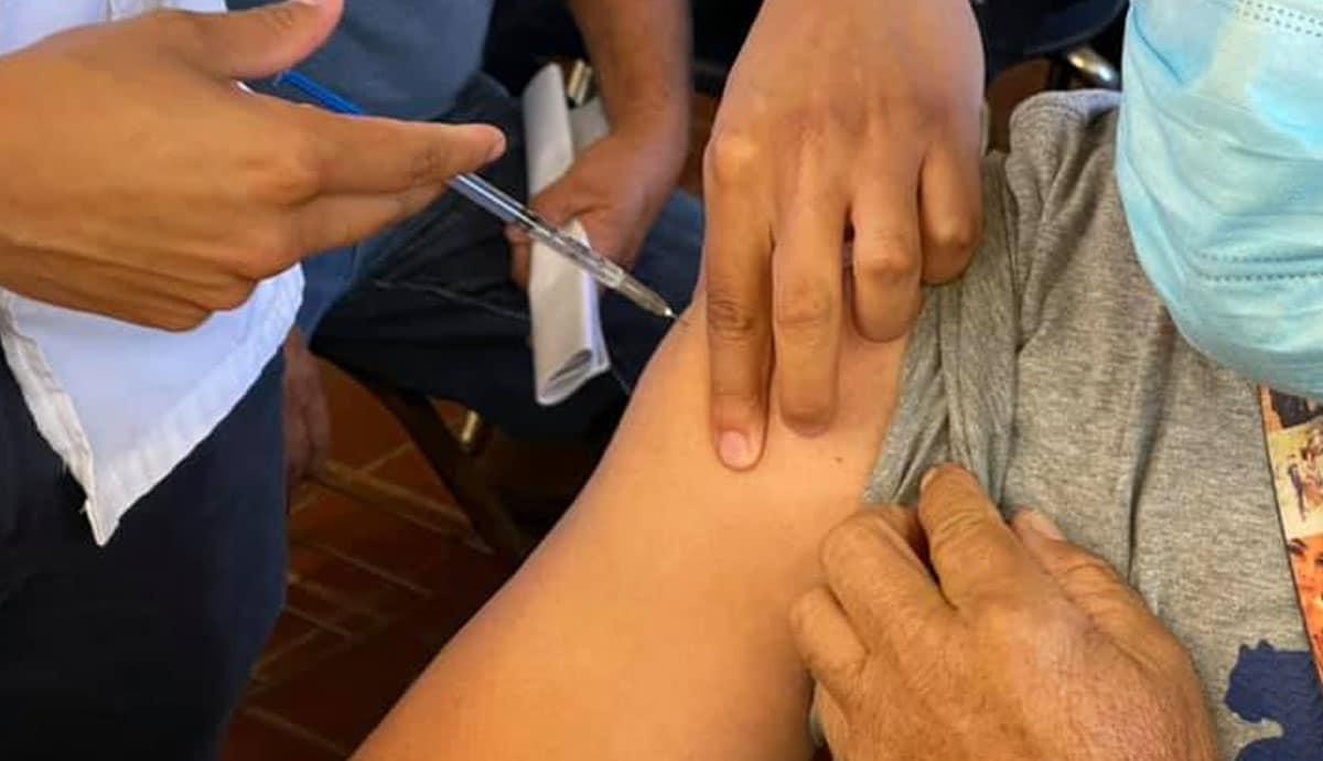 Reactivan-puntos-de-vacunación-en-Tijuana-Tecate-y-Mexicali