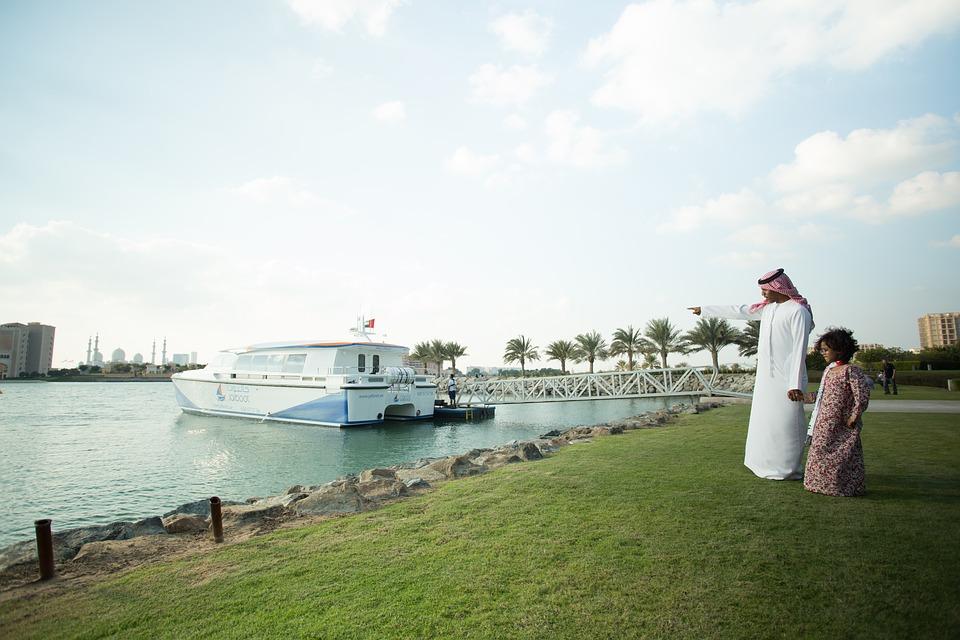 Emiratos Árabes Unidos, algo más que turismo  (Primera parte)
