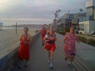 R*nning along the beach