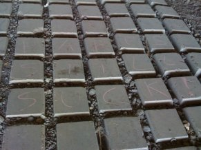 Grafitti on trail...saw this on LVHHH (vlv!) r*n #1066 yesterday.