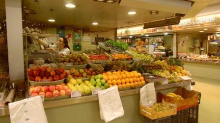 Market in Faro - AlgarveMoods