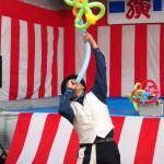 大道芸で見る風船を口で膨らませる方法ってどうやるの?教えます!/バルーンアート