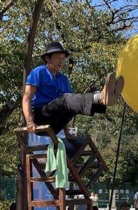 上野公園 ヘブンアーティスト 大道芸人GEN(ジェン) 四丁椅子
