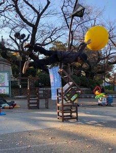 大道芸人GEN(ジェン)片手バランス上野公園でのヘブンアーティスト