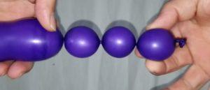 バルーンアートの結び方!2つのバブルを途中で作るやり方(小さい玉)