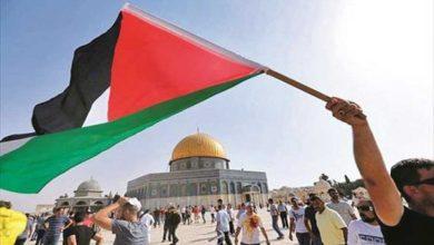 Photo of الأسرى الفلسطينيون في إضراب جماعي عن الطعام!