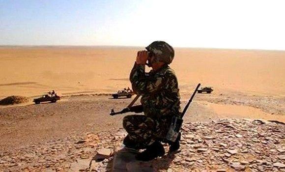 Découverte d'un pistolet mitrailleur de type Kalachnikov et des munitions à Bordj Badji Mokhtar (MDN)