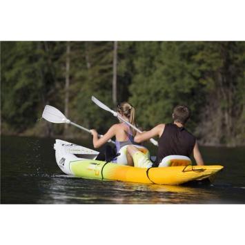 DESCRIPTION : Aqua Marina - Kayak gonflable K0 2 personnes Kayak 3,12m x 0,83 2personnes - Aquamarina Ce kayak combine vitesse et stabilité, il se montrera également récréationnel pour n'importe qui apprécie l'eau. Il convient aux paddlers de tous les niveaux d'habileté et combine la vitesse et l'efficacité d'un kayak de mer avec la stabilité et la facilité d'utilisation d'un kayak plus basique. Renforcé par le Pvc, il est plus robuste que la plupart des kayaks gonflables. Pratique car vous pourrez l'amener partout sans encombrement! ! Pratiquer sa discipline préférée partout dans le monde, c'est possible, la preuve... Livré avec: Pompe de gonflage Avirons Siège gonflable Sac de transport Kit de réparation Caractéristiques du produit: Dimension net / Article seul : 3.12 X 0.83m Pour 2 personnes Poids maximum : 155kg Pvc renforcé Caractéristiques • Dimensions :312 x 83 cm • Poids :10 kg • Passagers :2 • Charge maxi :155kg