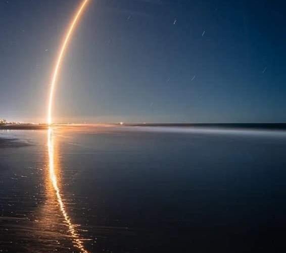 SpaceX de Musk remporte le prix du Pentagone pour les satellites de suivi de missiles