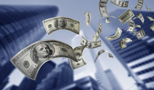 Le dollar atteint son plus bas niveau depuis deux ans