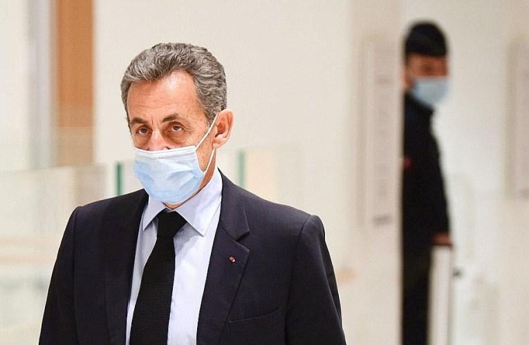 L'ancien président français Nicolas Sarkozy condamné à la prison pour corruption