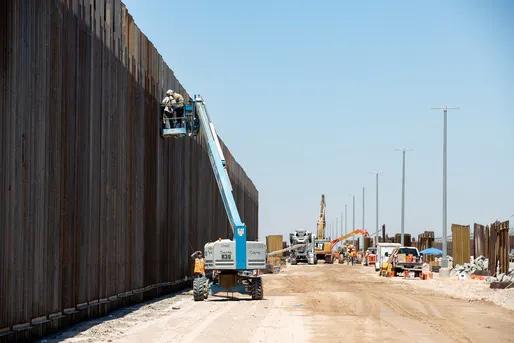 États-Unis- Le Pentagone arrête tous les projets de construction de murs frontaliers financés avec des fonds militaires