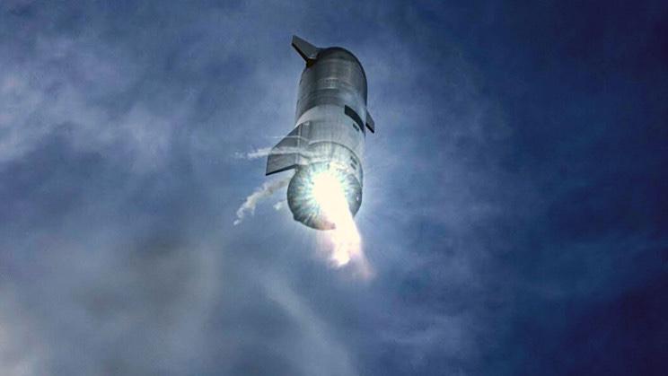 SpaceX réussit à faire atterrir sa fusée Starship SN 15