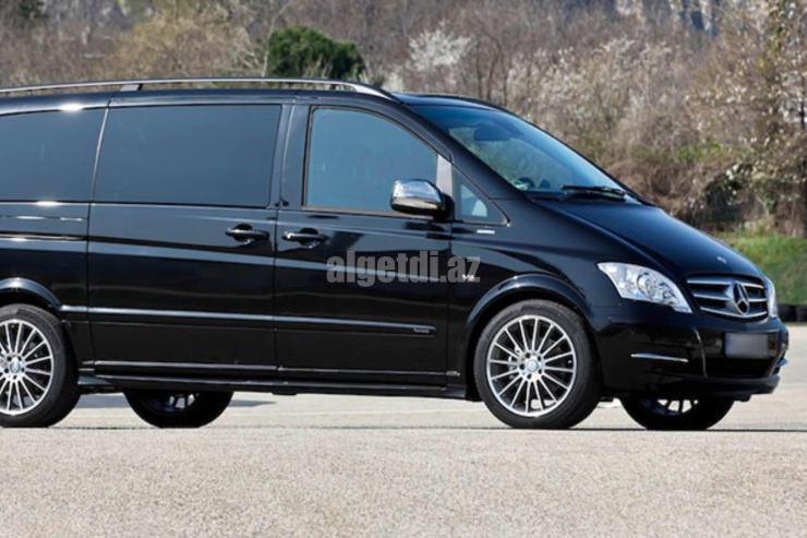 Brisbane-Limousine-Service-milimo-Mercedes-Benz-Viano-Black