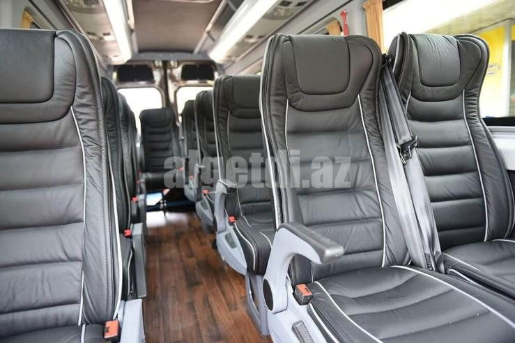 Mercedes_Benz_Sprinter_Seats_1
