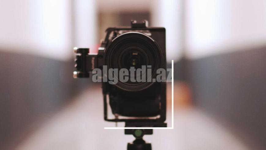 vertical-portrait-instagram-stories-gh5-lens-tripod