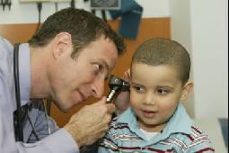 كيف يحدث التهاب الأذن الوسطى عند الأطفال Alghad