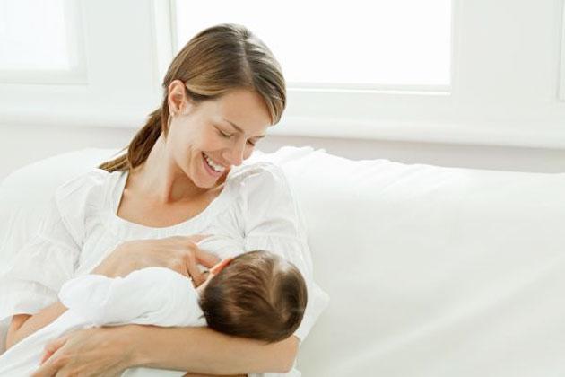 الرضاعة الطبيعية حق للطفل وصحة للأم Alghad