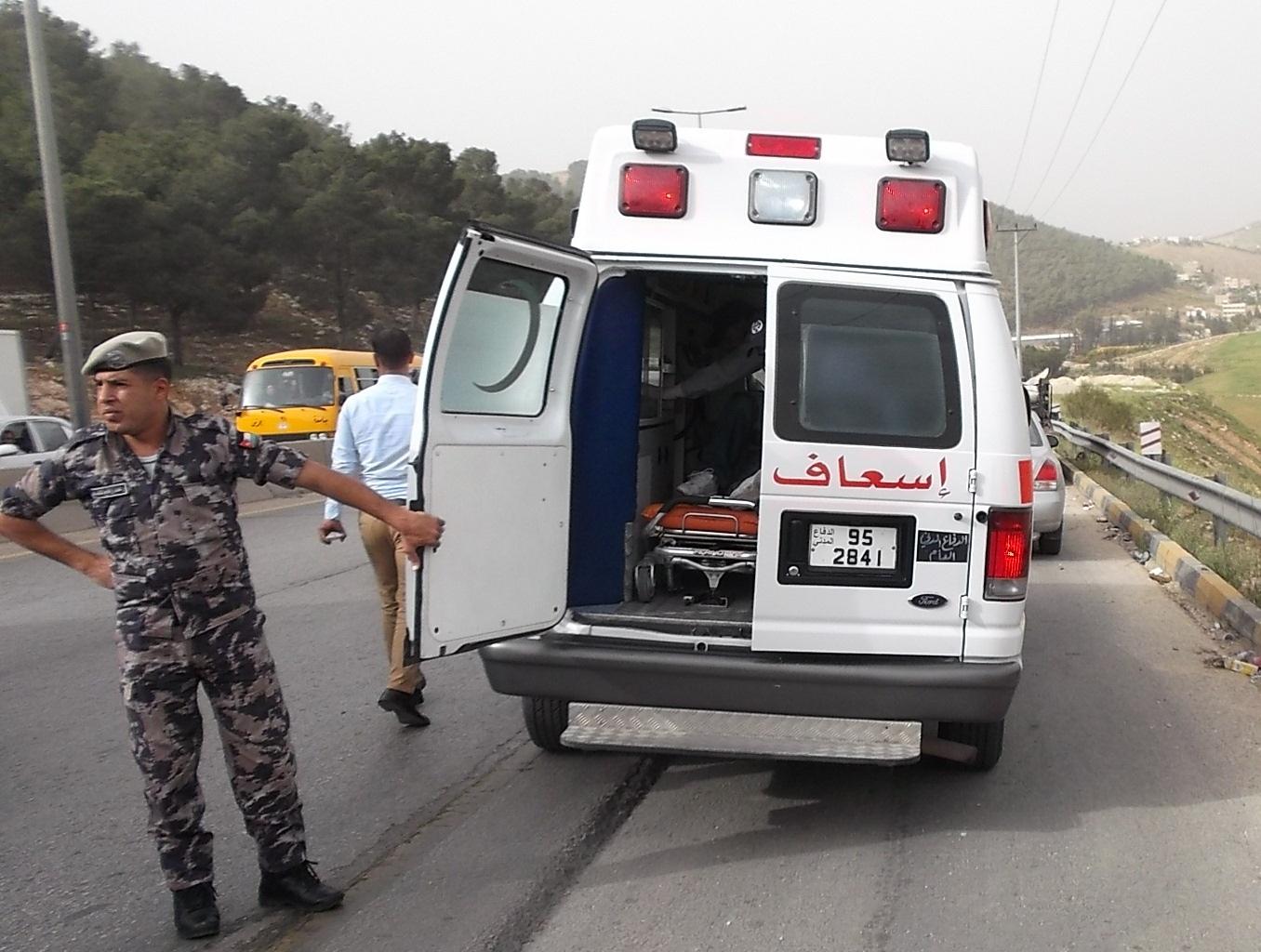 الدفاع المدني يطالب بإفساح المجال لآلياته أثناء الاحتجاجات - Alghad