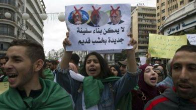 Photo of المعارضة الجزائرية ترد على قائد الجيش أحمد قايد صالح: عزل بوتفليقة لا يكفي