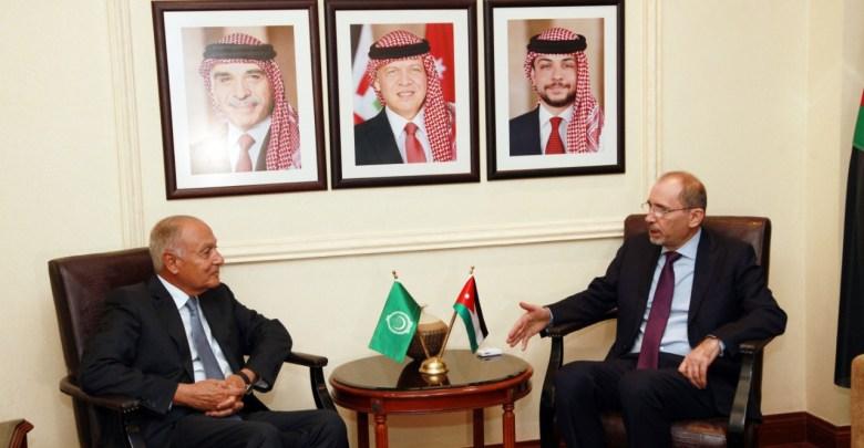Photo of الصفدي يلتقي الأمين العام لجامعة الدول العربية
