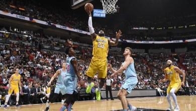 Photo of ديفيس يسرق الأضواء من جيمس بدوري السلة الأميركي
