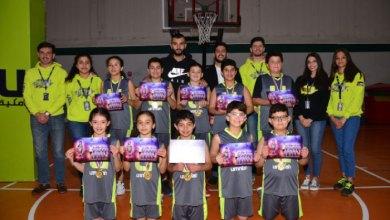 """جانب من رعاية """"أمنية"""" لدوري كرة القدم وكرة السلة للصغار في عدد من المدارس-(من المصدر)"""